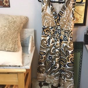 Gorgeous Look And Feel Kay Unger 100%Silk Lined 8!